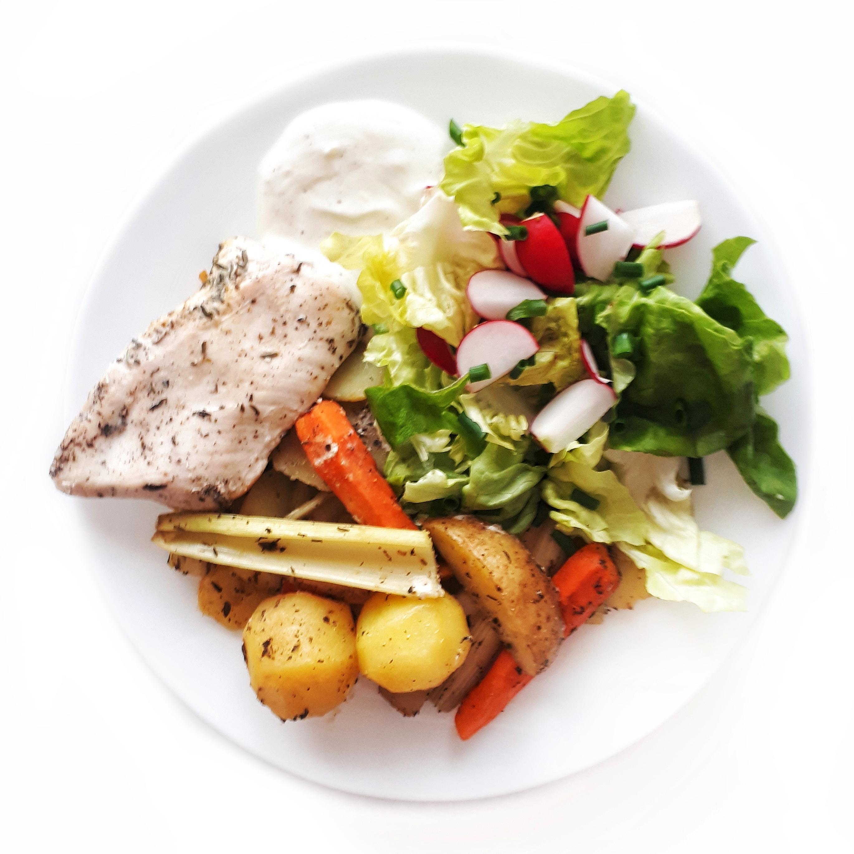 Pieczony filet z indyka z warzywami